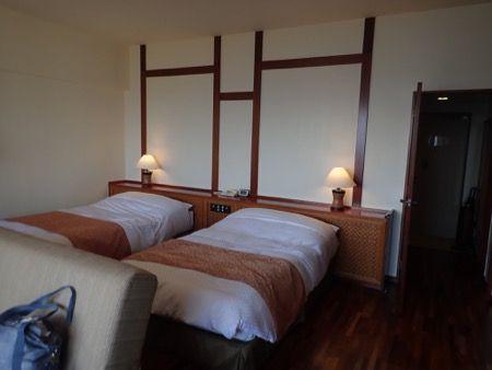 19oki-room-bed