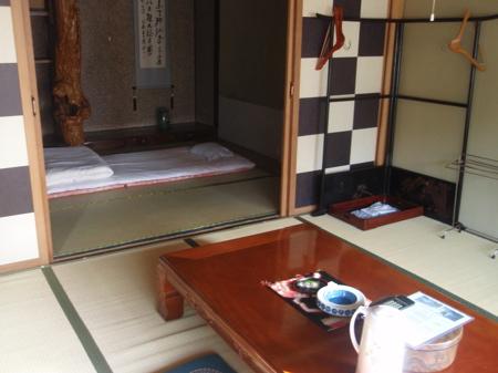 0809kawasemi_room